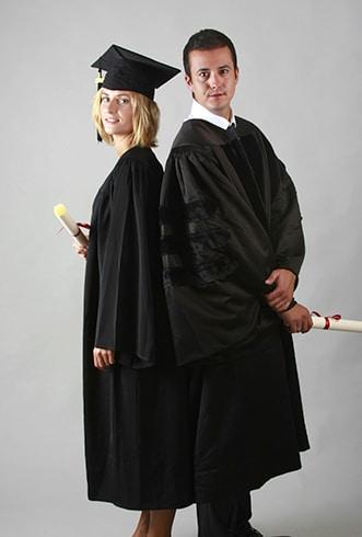 Achat de toges pour remises de diplôme